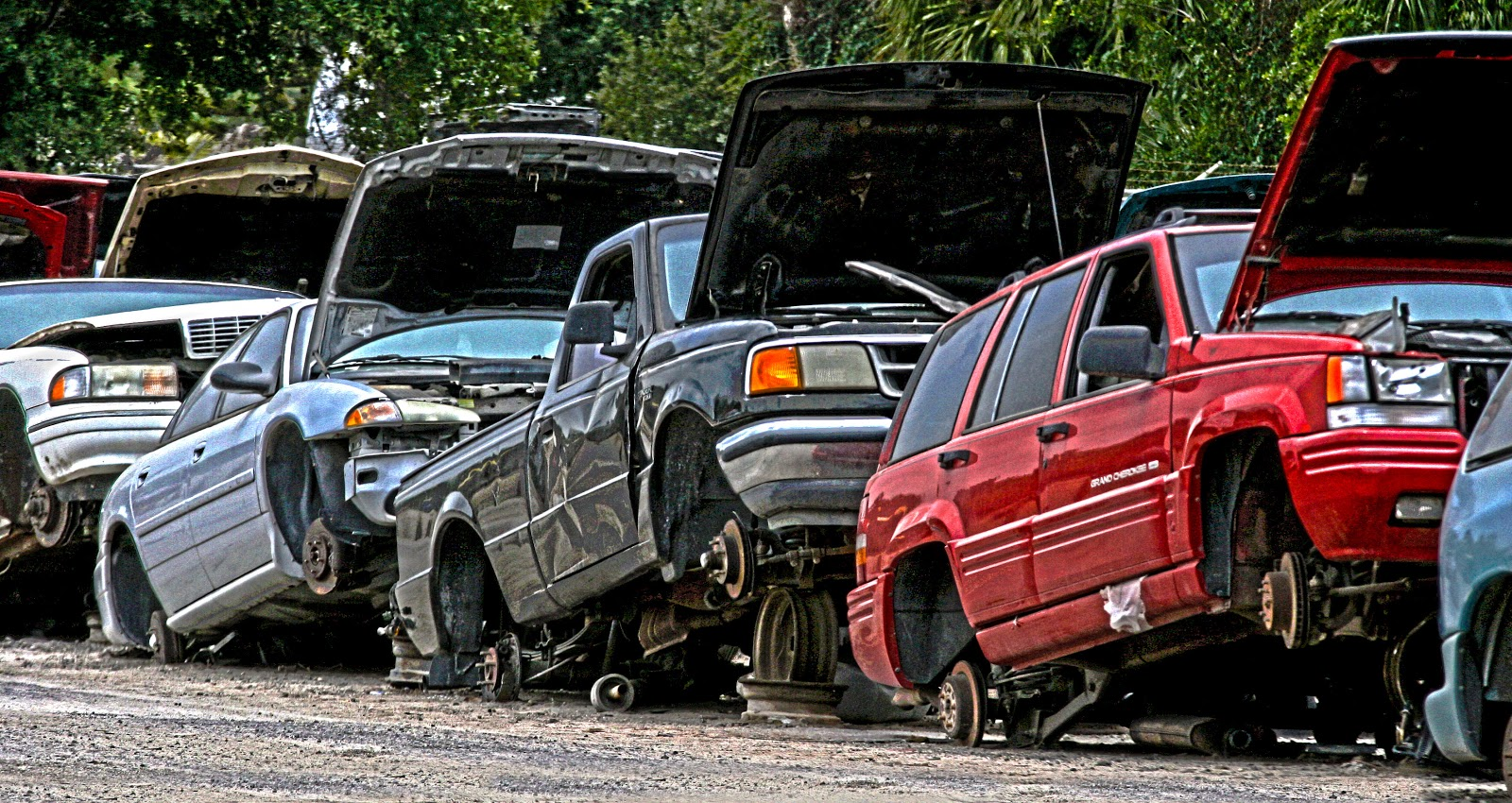Cash for junk cars/Same day free scrap car removal/Get more money ...